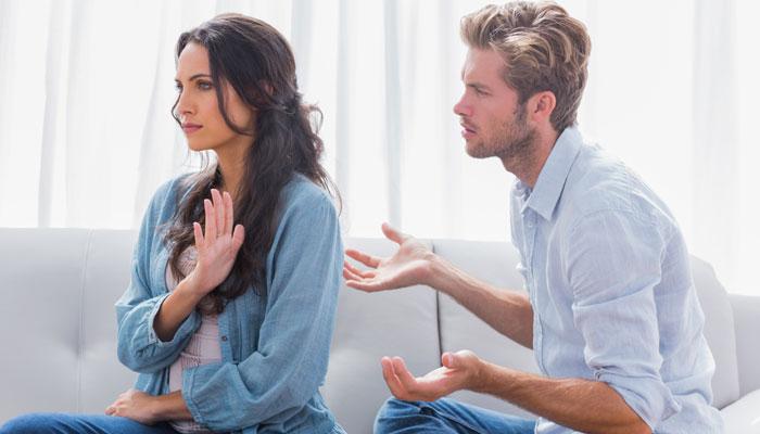 Как женщины выносят мозги? Опрос с призами!