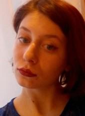 Elena, 20, Russia, Tyumen