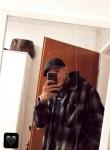 Tony, 24  , Essen (North Rhine-Westphalia)