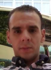 Mohamed, 29, Spain, San Sebastian de los Reyes