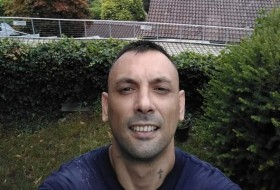 Ronny, 37 - Just Me