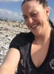 Lisa, 41  , Huddersfield