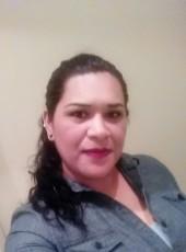 chely, 43, United States of America, Estelle
