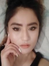 Kizi, 24, Kyrgyzstan, Bishkek