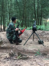 Hunter, 28, Vietnam, Cam Pha Mines