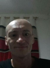 Mariusz, 43, United Kingdom, Hull