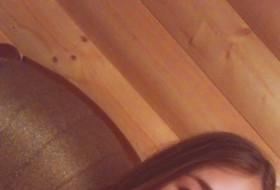Darya, 18 - Just Me