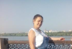 Alsiya, 35 - Just Me