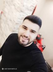 Berk, 28, Turkey, Ankara