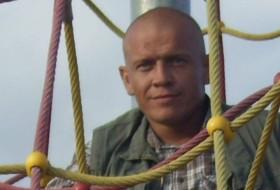 Mikhail fedotov, 38 - Just Me