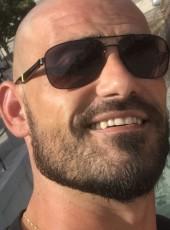 Tony, 38, France, Bourg-en-Bresse