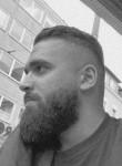 Ahmed, 26, Essen (North Rhine-Westphalia)