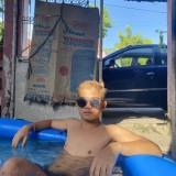 Merick John, 22  , Pila