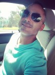 santiago velez, 42  , Newark (State of New Jersey)