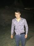 Astemir , 24  , Dugulubgey
