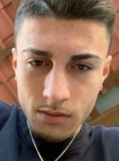 Samuel, 19, Italy, Santhia