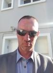 Bernard , 34, Outreau