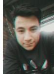 Alejandro , 20  , Bogota
