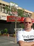 Artur, 50  , Jerusalem