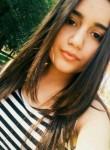 Hermine, 18  , Yerevan