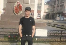 Zhenyek, 25 - Just Me