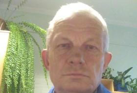 OLEG, 62 - Just Me