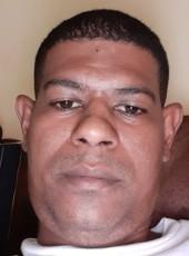 Desire, 38, Mauritius, Port Louis