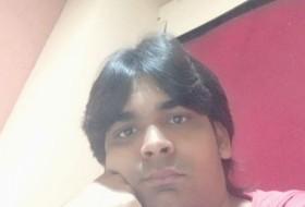Akshay, 25 - Just Me