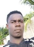 mattias, 22  , Cotonou