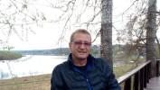 Sergey, 52 - Just Me Река Ока. Набережная. Апрель 2021