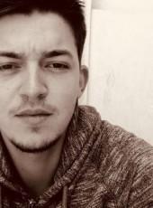 Xavier, 25, France, Pertuis
