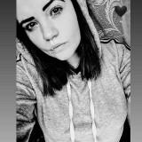 вика, 18  , Bobrovytsya