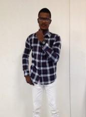 Derilien Kicky, 23, Haiti, Petionville