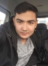 Di, 24, Turkey, Istanbul