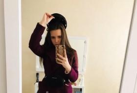 Yulichka, 18 - Just Me