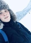 Kirill, 19  , Elnya