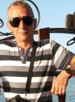 Mikhail, 45  , Borovsk