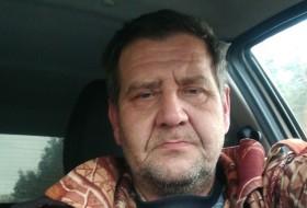 Vladimir, 47 - Just Me