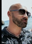 Madden Lester, 49, Zurich