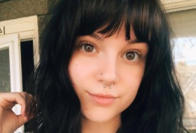 Molly Marie, 20 - Just Me