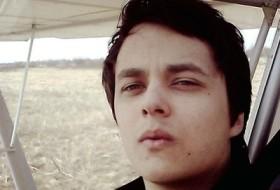 Nikolas, 27 - Just Me