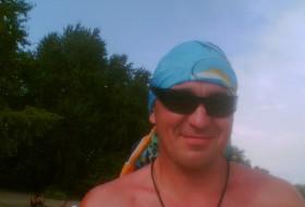 Eduard, 53 - Just Me