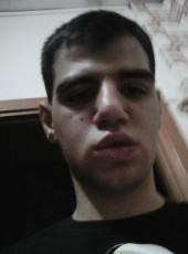 Pietro pio, 19, Italy, Siracusa