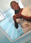 bertin, 25  , Cotonou