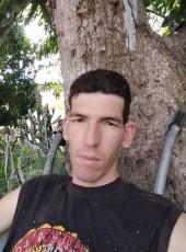Javi, 32, Cuba, Holguin
