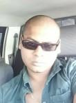 kiran, 32  , Port Louis