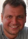 Sergey, 46, Moscow
