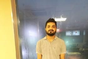 Vivek, 26 - Just Me
