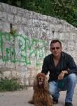 jean, 52  , Lyon