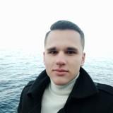 Denis , 20  , Nyzhni Sirohozy